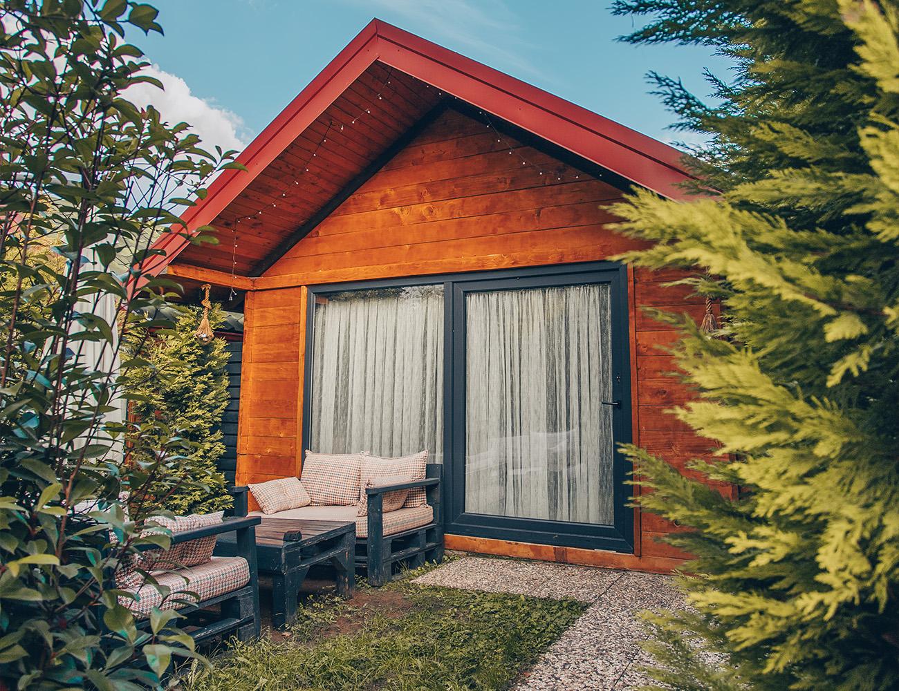 Adesa bungalow butik hotel olarak sizlere sapanca otelleri maşukiye otelleri ve kartepe otelleri içerisinde ayrıcalıklı konaklama hissi oluşturacak ağaç evl